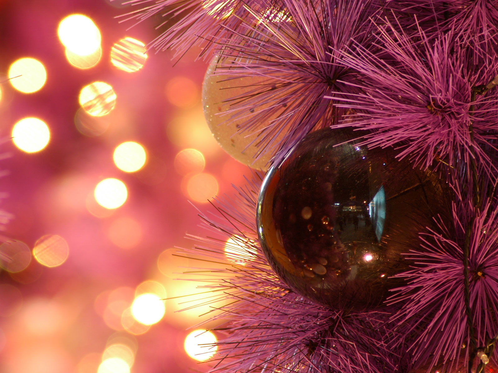Hair stylist christmas ornaments - As Long As I Can Remember The Holiday Season Has Been Tough On Hair Stylists And Salon S Clients It Seems Like There Are Always A Few Tears From Clients